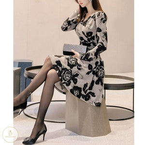 #7204 PRINTED  V-NECK LONG SLEEVE DRESS