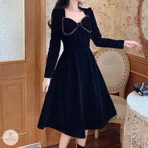 #7244 RETRO SCHEMING VELVET DRESS
