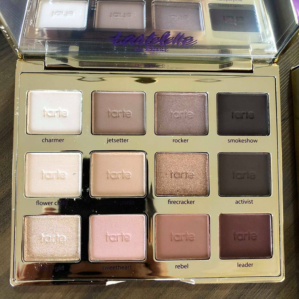Paletta de sombras Tartelette™ In Bloom Clay Eyeshadow Palette, Tarte