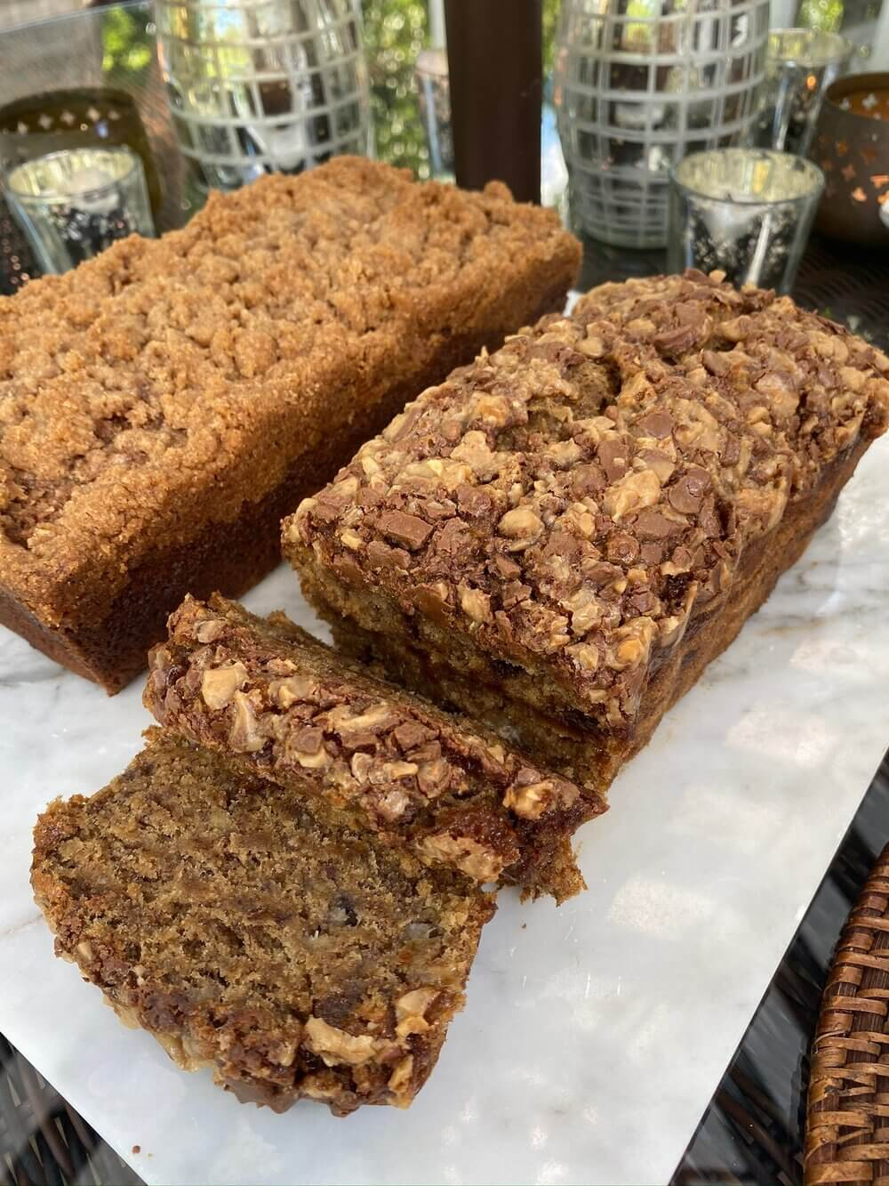 Shoutout Margot Savin for transforming our original banana bread mix into two different custom loaves (a vegan toffee loaf & a cinnamon crumble loaf)