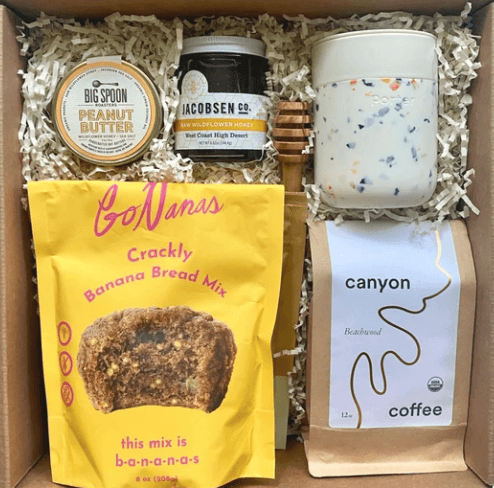 https://giftenmarket.com/collections/gift-boxes/products/brunch-gift-box-deluxe