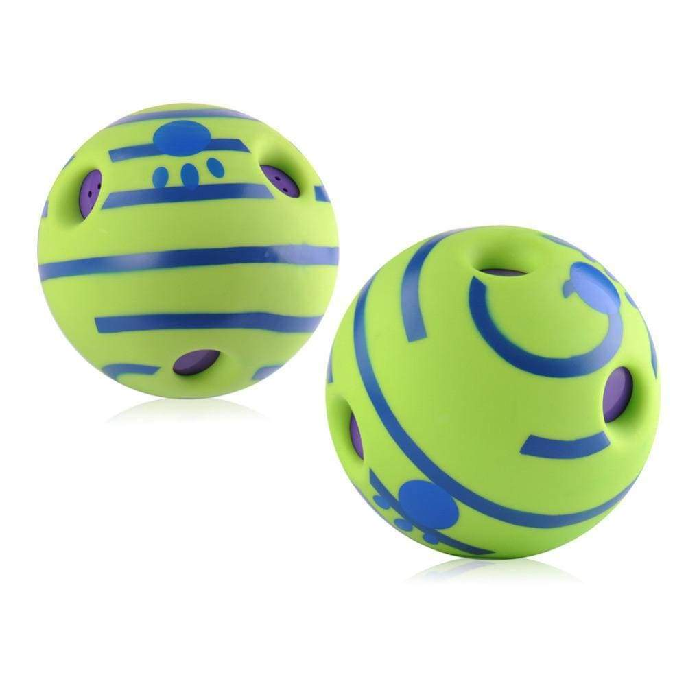 Wobble Wag Giggle Ball - Pets Watching