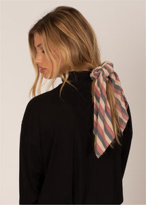 UP AND BACK SCRUNCHIE WVN SCARF-RGE