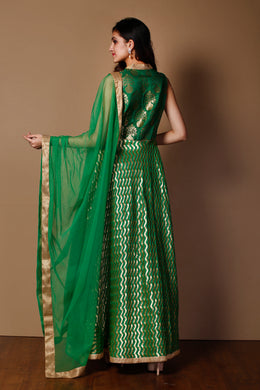 Banarsi Suit in Dark Green color with Thread, Zardozi work.
