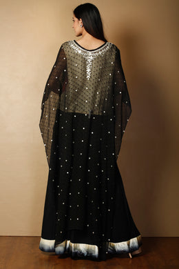 Indowestern in Black color with Gota Patti, Thread work.