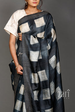 Tussar  Saree with Shibori, Thread work.