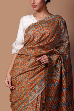 Printed Chanderi Saree in Orange color with Mukesh Work.