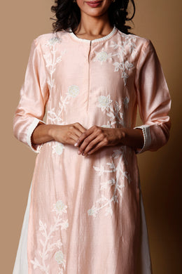 Chanderi Kurti in Peach color with Applique, Thread work.