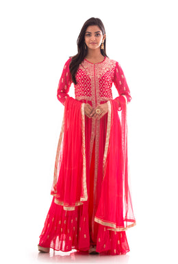 Suits in Pink color with Pittan work.