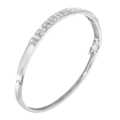 14K White Gold 1.15ct. TDW Round And Baguette-cut Diamond Bangle (H-I,SI2-I1)