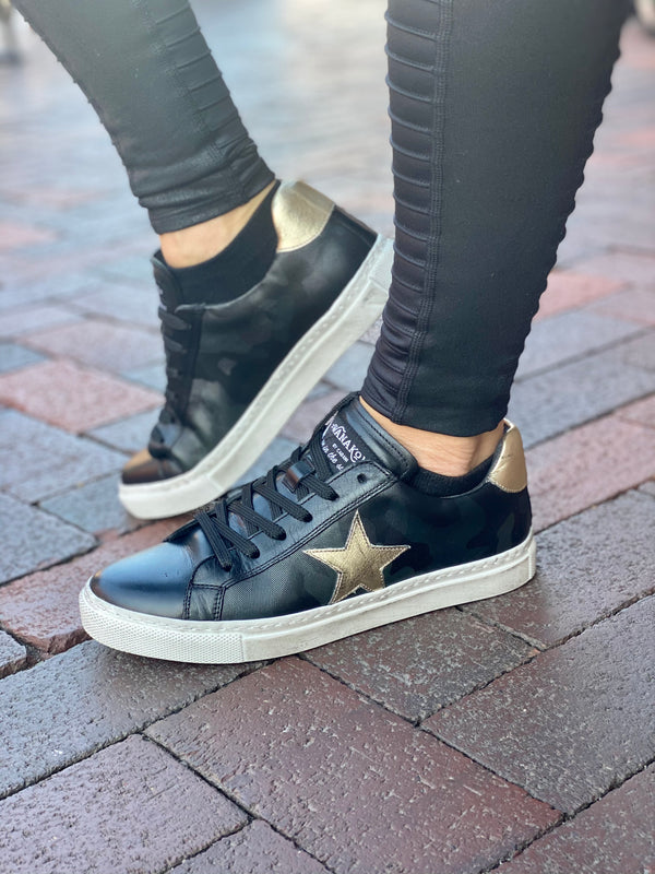 Star Leather Sneaker