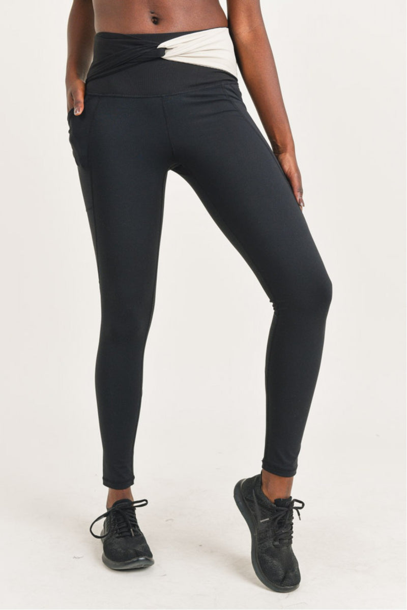Split Twisted Highwaist Leggings