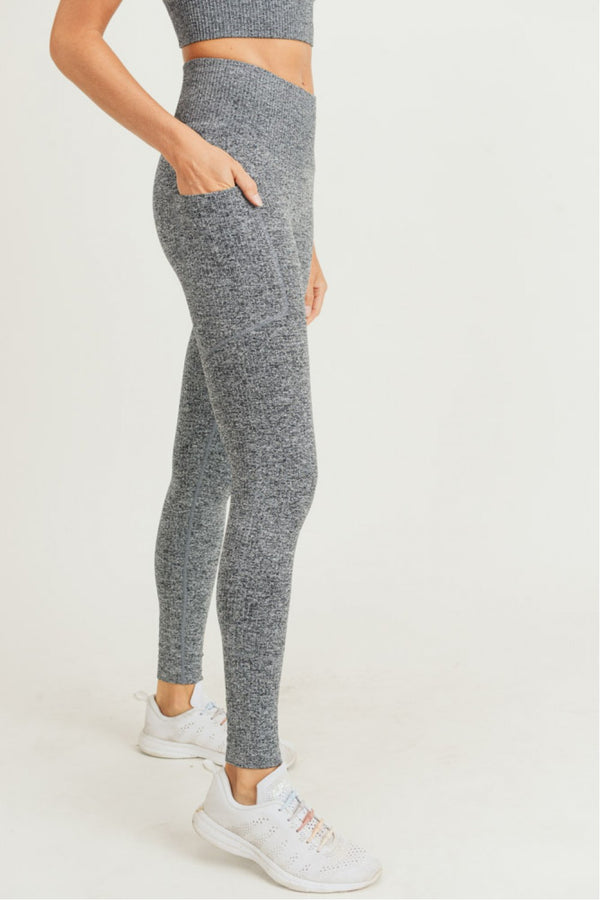 Seamless Hybrid Pocket Highwaist Leggings