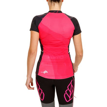 Load image into Gallery viewer, WOMEN'S EQUILIBRIUM TRAIL TOP