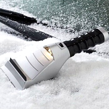Heated Auto Ice Scraper - BoardwalkBuy - 1