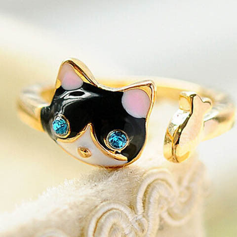 Cat Design Crystal Ring