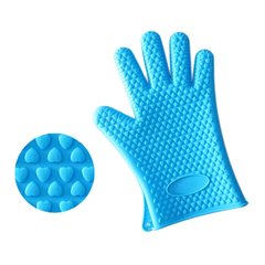 A Pair of Heat Resistant Silicone Gloves - BoardwalkBuy - 3