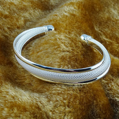 925 Silver Dreamlike Bangle Bracelet - BoardwalkBuy - 2