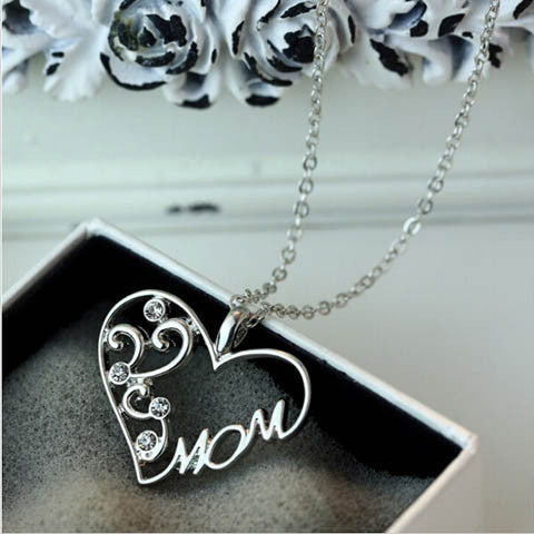 "Silver ""Mom"" Pendant Necklace - BoardwalkBuy - 1"