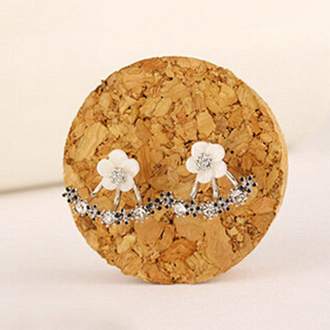 Small Daisy Flower Sterling Silver Earrings