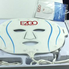 EZGO 7+1 Colors LED Face Mask - BoardwalkBuy - 4