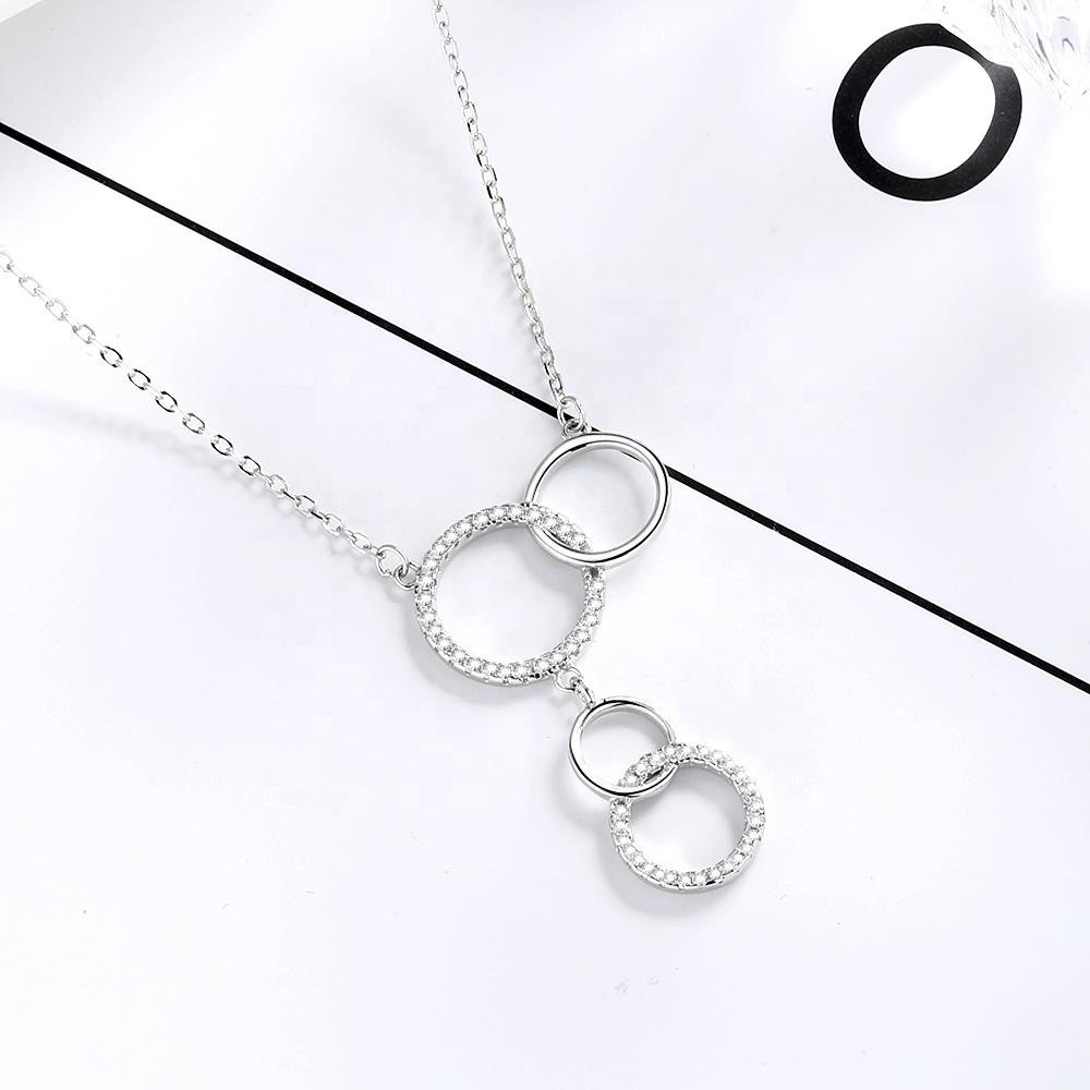 925 Sterling Silver Interlocking Chic Circles Necklace - The Silver Brand