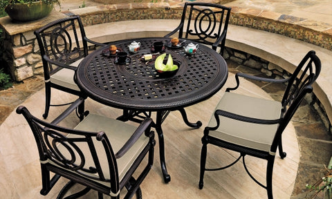 "Grand Terrace 48"" Rd. Dining Set"