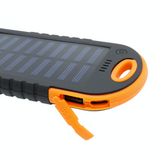 Load image into Gallery viewer, Solar Powerbank 4000 mAh