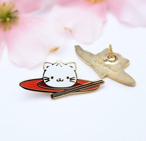 xiao long meao enamel pin