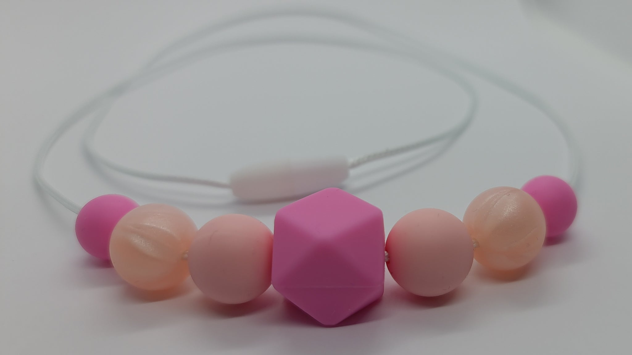 Necklace - Pretty in Pink - Mummy