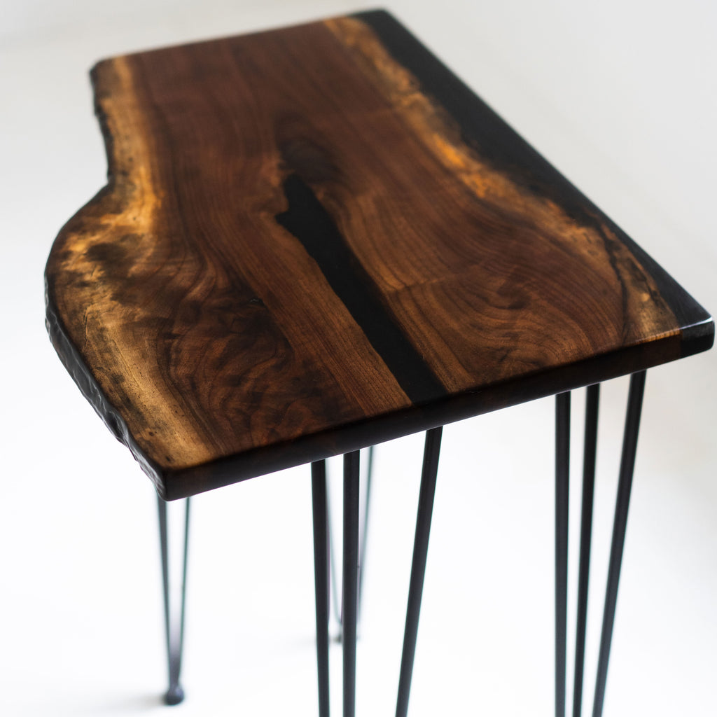 Chasm Table