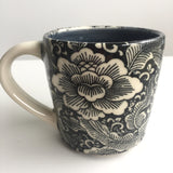 Porcelain Pottery Mug with Lotus Flower Transfer/Blue Liner