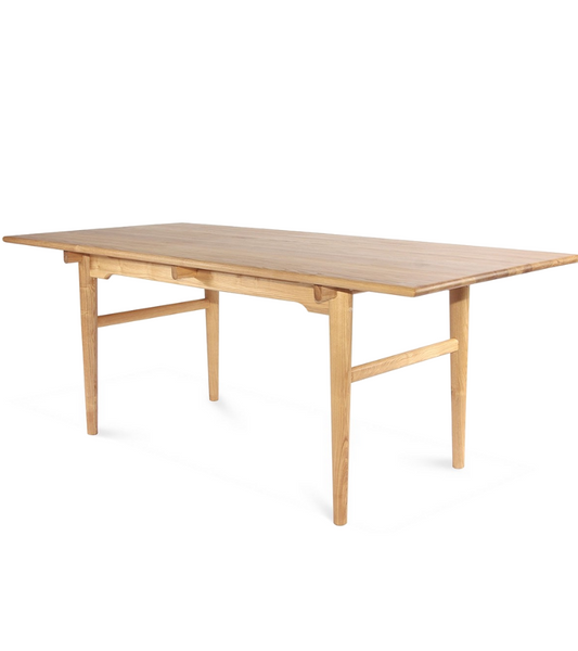 CH327 Style Dining Table in American Hardwood - Onske