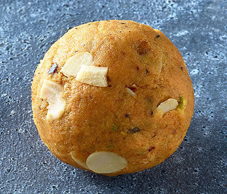Load image into Gallery viewer, Besan Ladoo