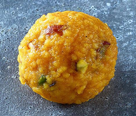 Load image into Gallery viewer, Special Motichoor Ladoo