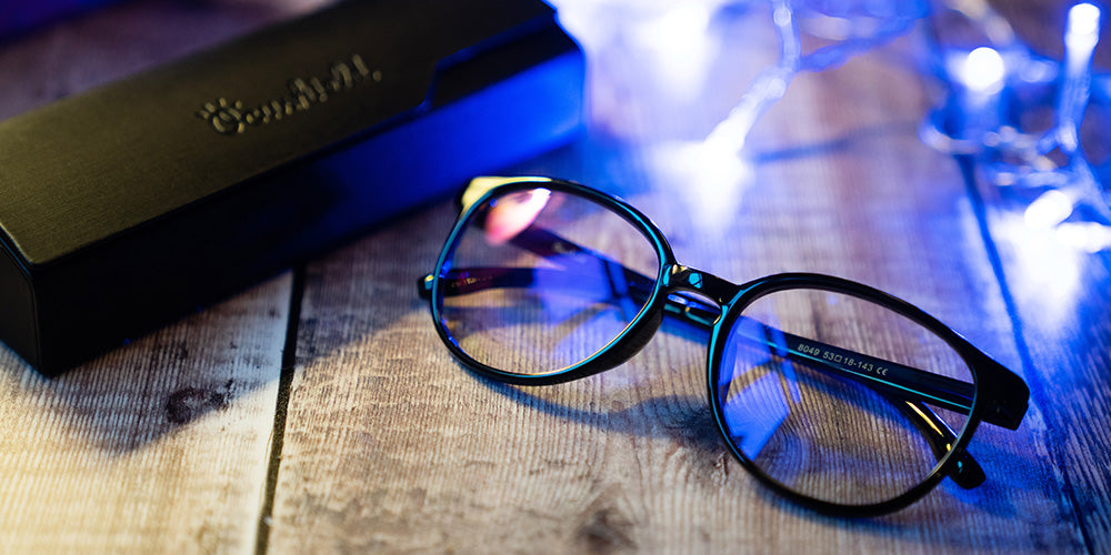 4 Facts to Know When Investing in Blue Light Blocking Glasses