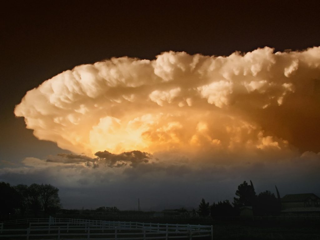 A Storm Brewing, red sky phenomenon