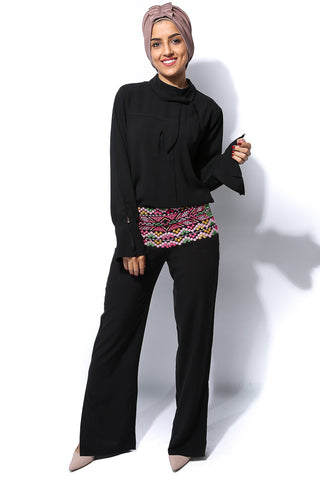 Embroidery Waist Fit Pant - Black