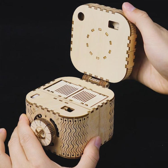 Laser Cut 3D Wooden Puzzle Mechanical Windup: Treasure Box