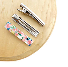 Load image into Gallery viewer, Floral Alligator Bar Clip