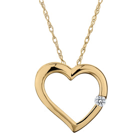 .03 CARAT DIAMOND HEART PENDANT, 10kt YELLOW GOLD, WITH 10kt YELLOW GOLD CHAIN....................NOW