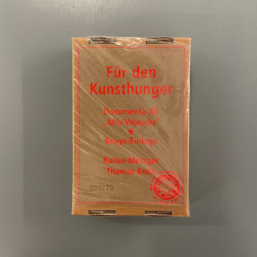 Koch Thomas (fake Beuys sausage) - Für den kunsthunger, Ahle worscht, Documenta XII - Thomas Koch 2007