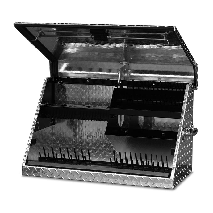MONTEZUMA 30 X 15 In. Aluminum Triangle® Toolbox
