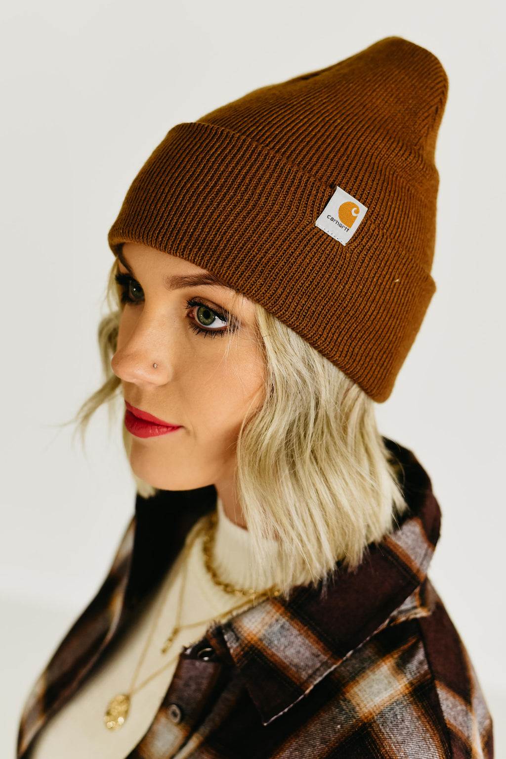 The Carhartt Logo Beanie - Carhartt Brown