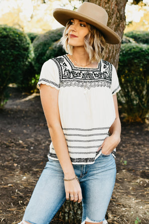 The Adelyn Embroidered Top - Cream