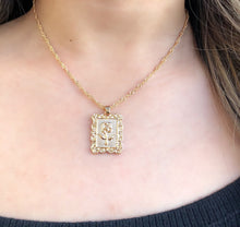 Load image into Gallery viewer, Vintage Rose Pendant Necklace