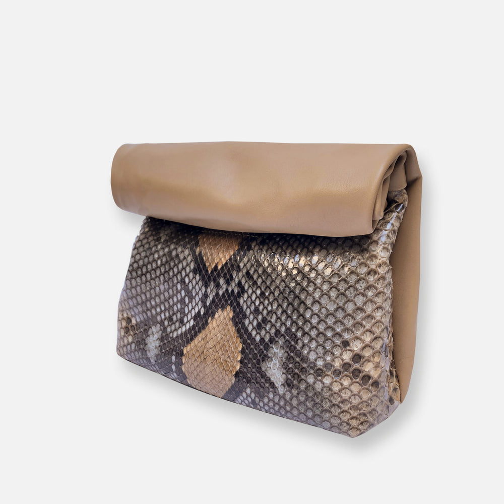 Load image into Gallery viewer, SPC07 • KRAFT CLUTCH SNAKE