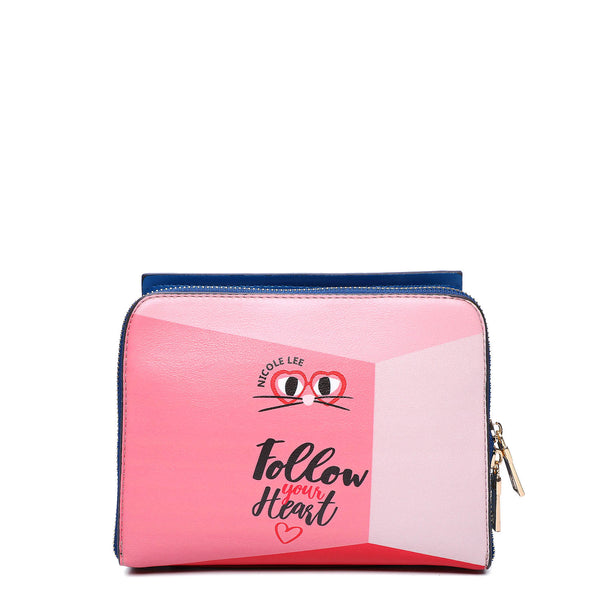 DAISY TAKES LOVE FASHION CROSSBODY