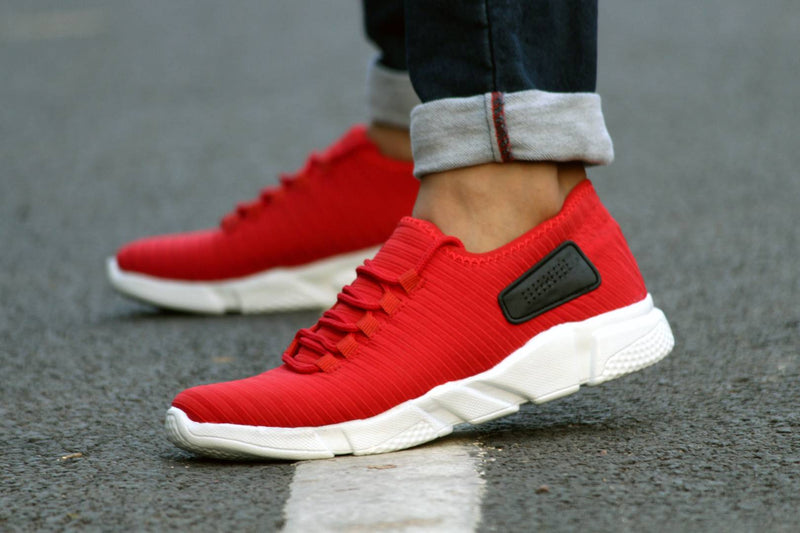 Red Solid Mesh Sports Shoes for Men's