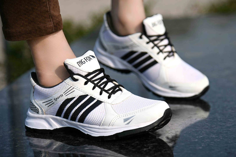 Elegant & Stylish White Mesh Sports Shoes For Men